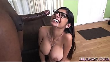 White girl muslim dick and immigrant Mia Khalifa Tries A Big Black
