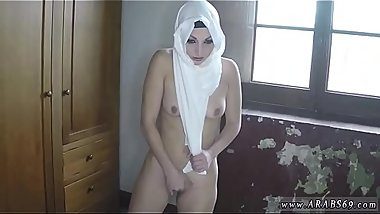 Muslim Meet fresh stunning Arab gf and my boss screw her fine for you