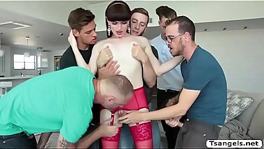 TS Natalie Mars loves orgy with 5 cocks