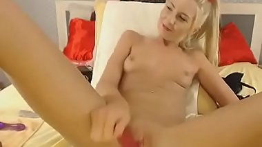 Skinny blonde with dildo on cam - watch live at www.chatesy.com