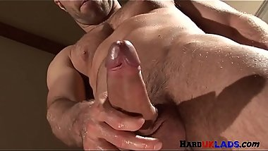 Muscular european stud wanking his hard dong