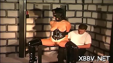 Amateur lady leaves dude to delight with breast bondage