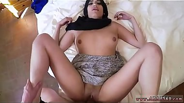 Arab sucking dick and 21 yr old refugee in my hotel room for sex