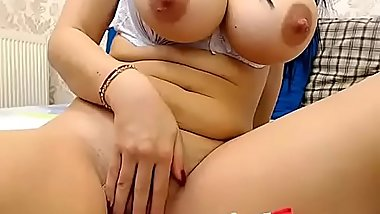 Hot milf live show boobs with milf